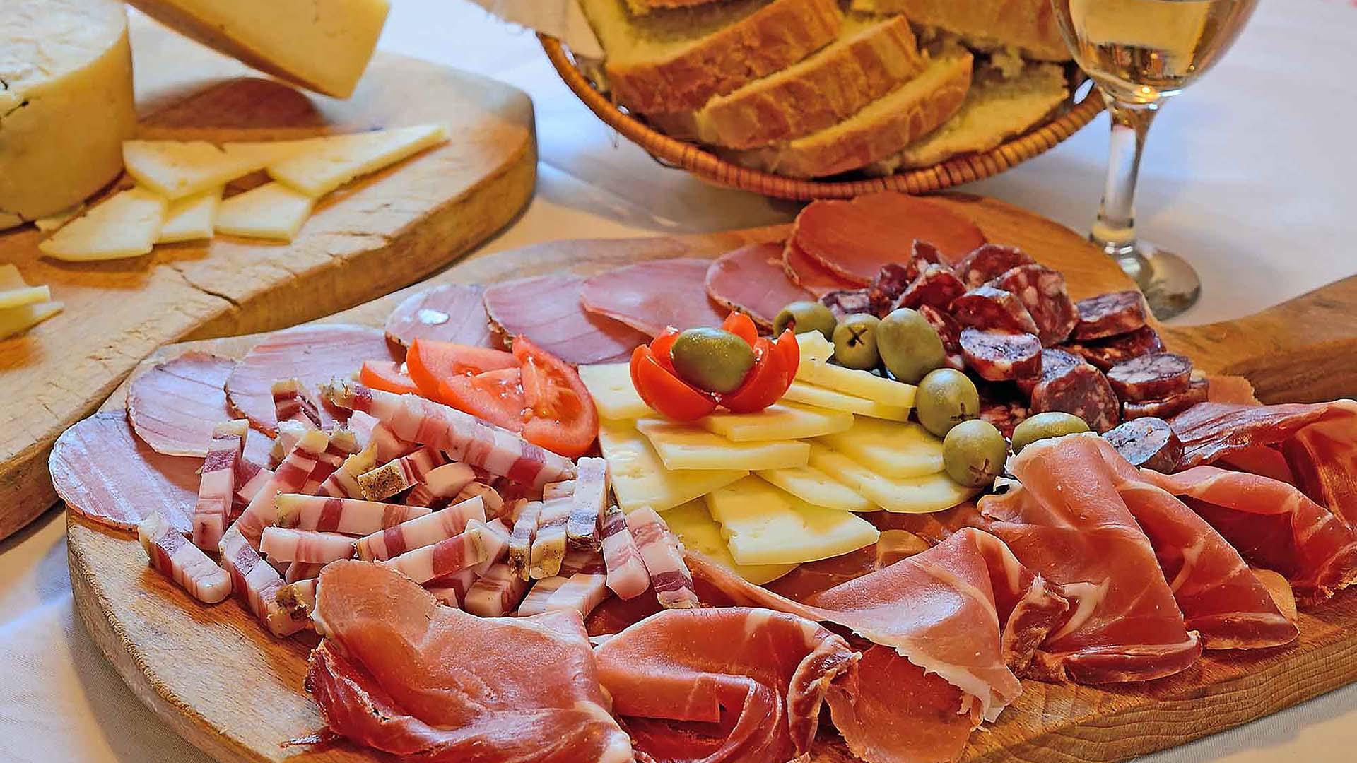 Omis dalmatian cuisine