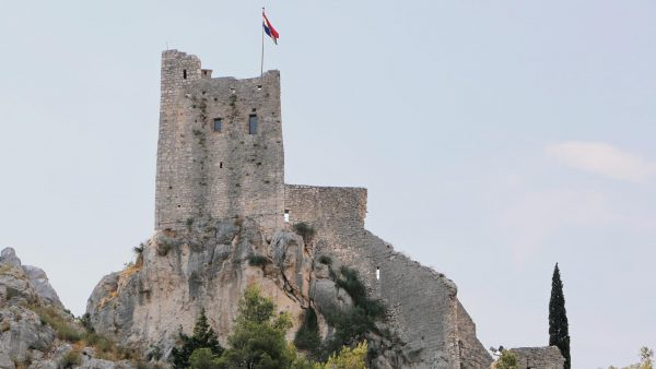 Omis Apartments - welcome to the town of Omis