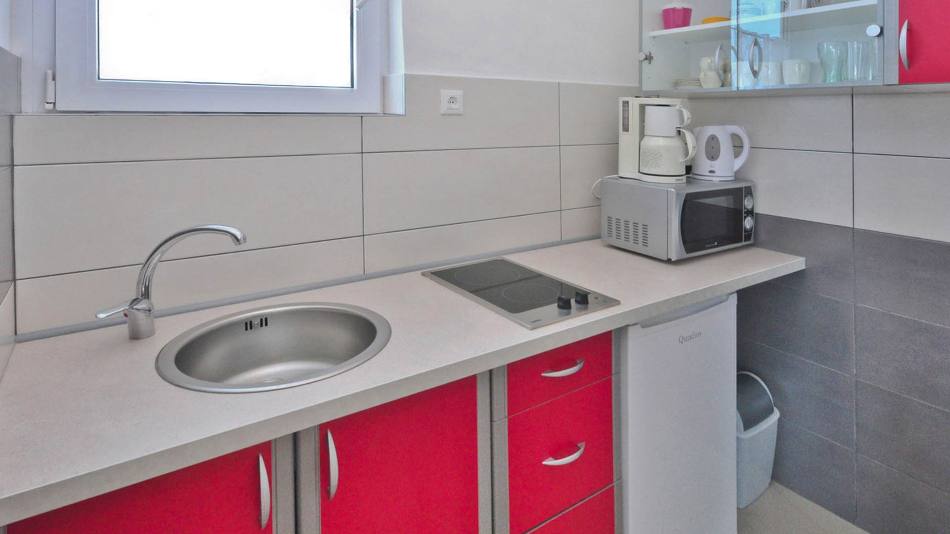 Studio apartments kitchenette