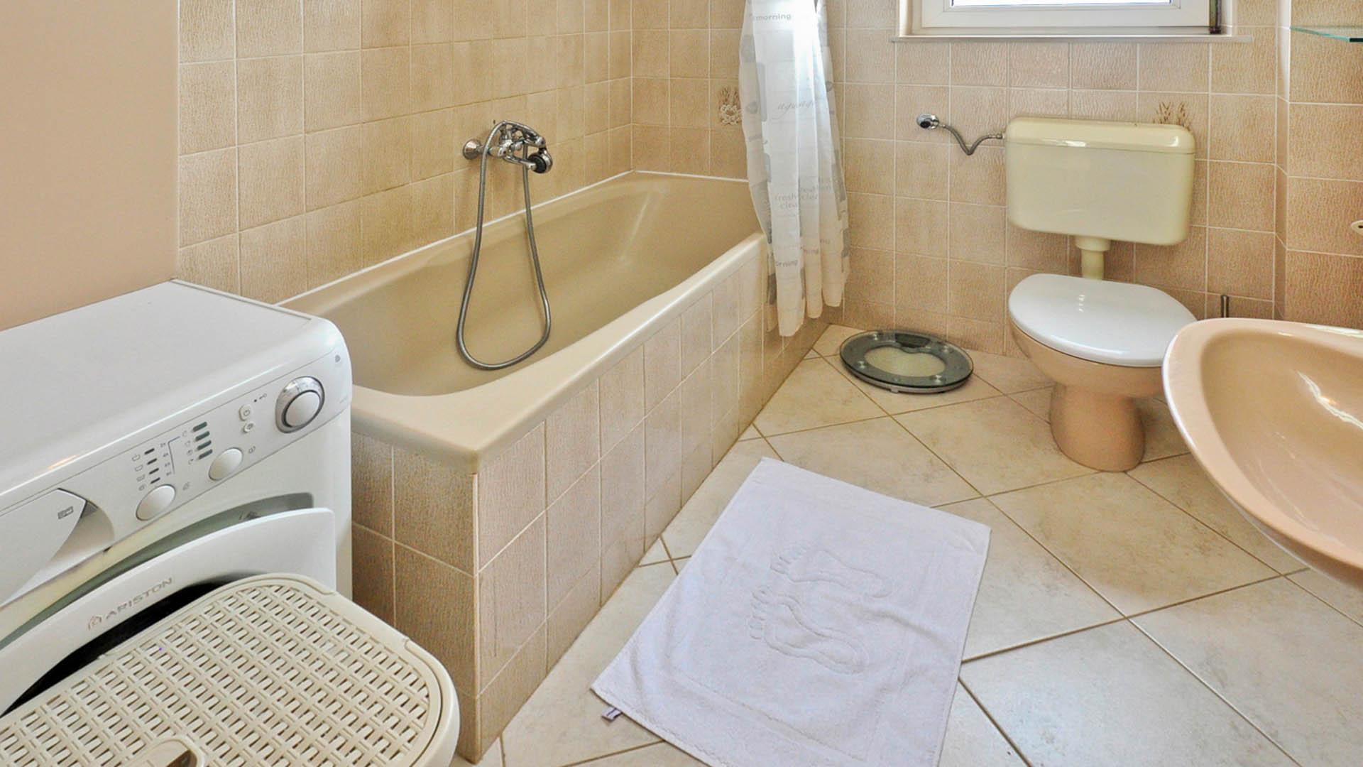 Omiš apartmani zorka deluxe apartman kupaonica i wc