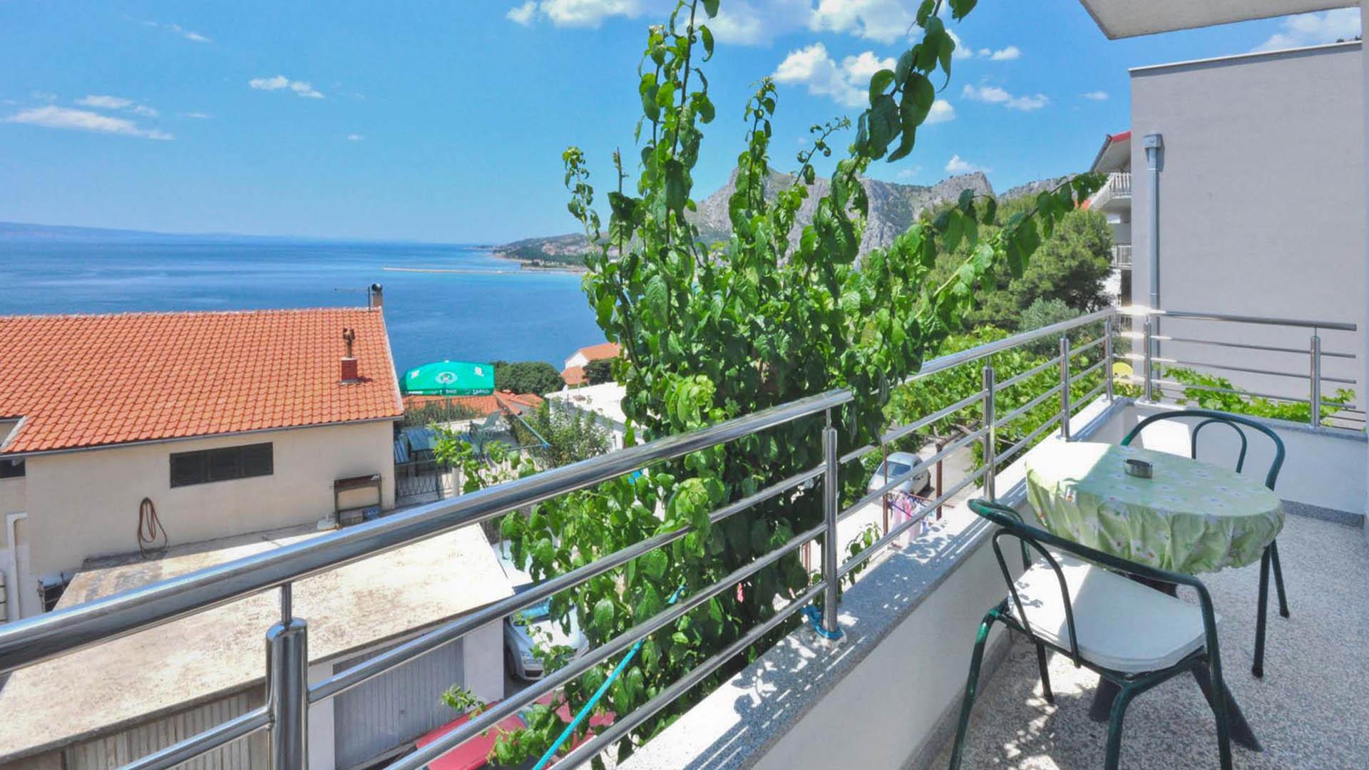Omiš studio apartman balkon
